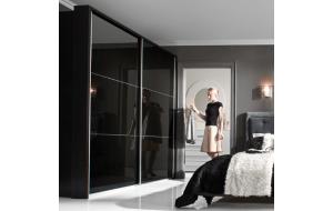 Готовые шкафы-купе для гостиной и зала: преимущества и особенности выбора мебели